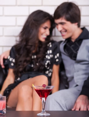 date couple on date rendez-vous amoureux
