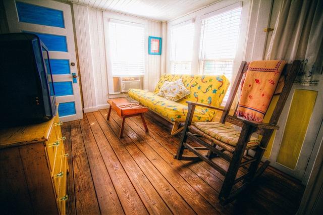 Intérieur de maison en bois.