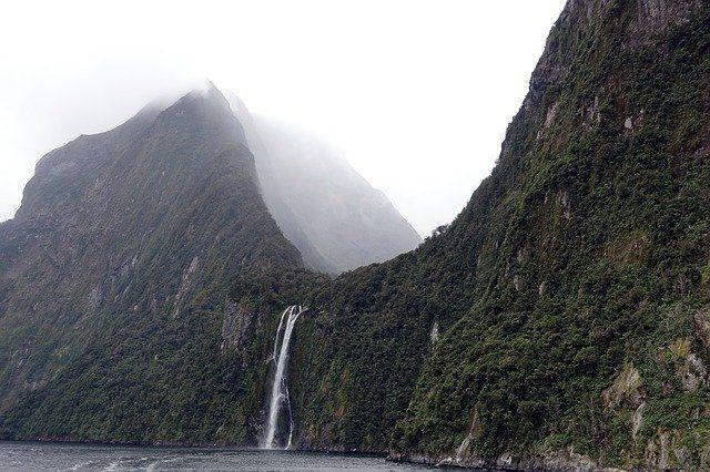La Nouvelle-Zélande se visite en croisière.