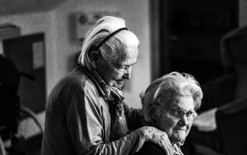 Deux femmes âgées