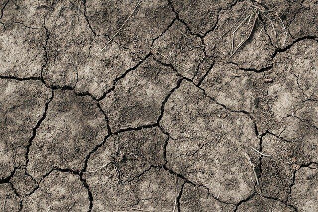 Sol sec et aride