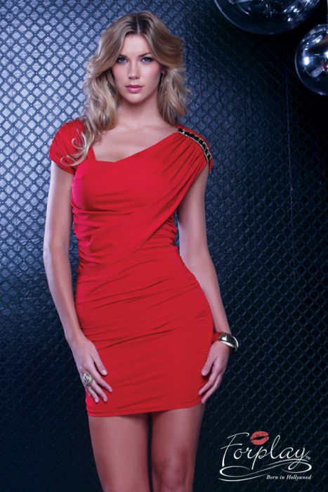 robe rouge disponible sur la boutique de lingerie Je te love