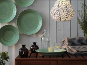 Vaisselle Ikea verte pour le printemps.